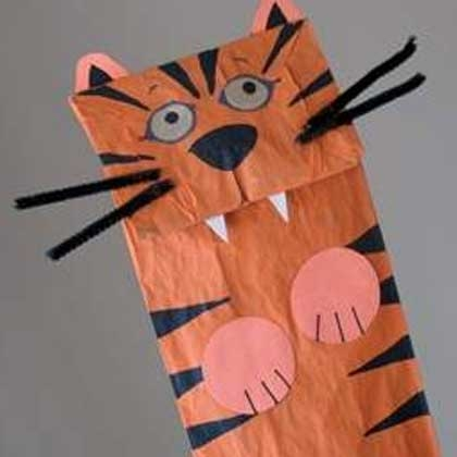 Paper bag tiger puppet fun family crafts for Tiger puppet template