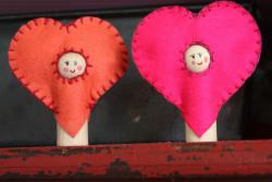 Valentine Peg Dolls