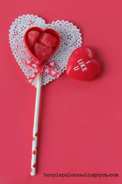 Valentine Heart Container Sticks