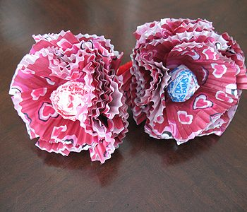 Cupcake Liner Lollipop Flowers