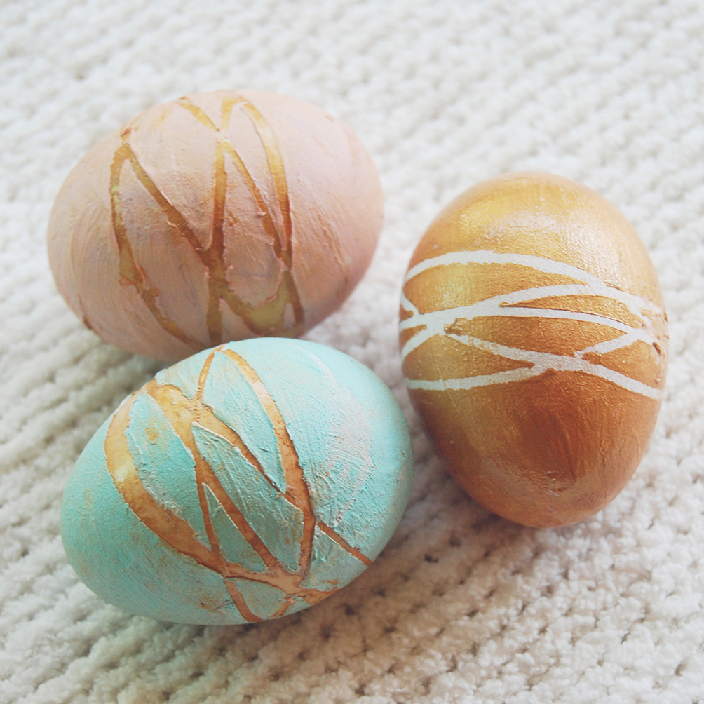 Easter Eggs with Rubber Bands