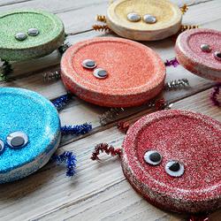 Jar Lid Glitter Bugs