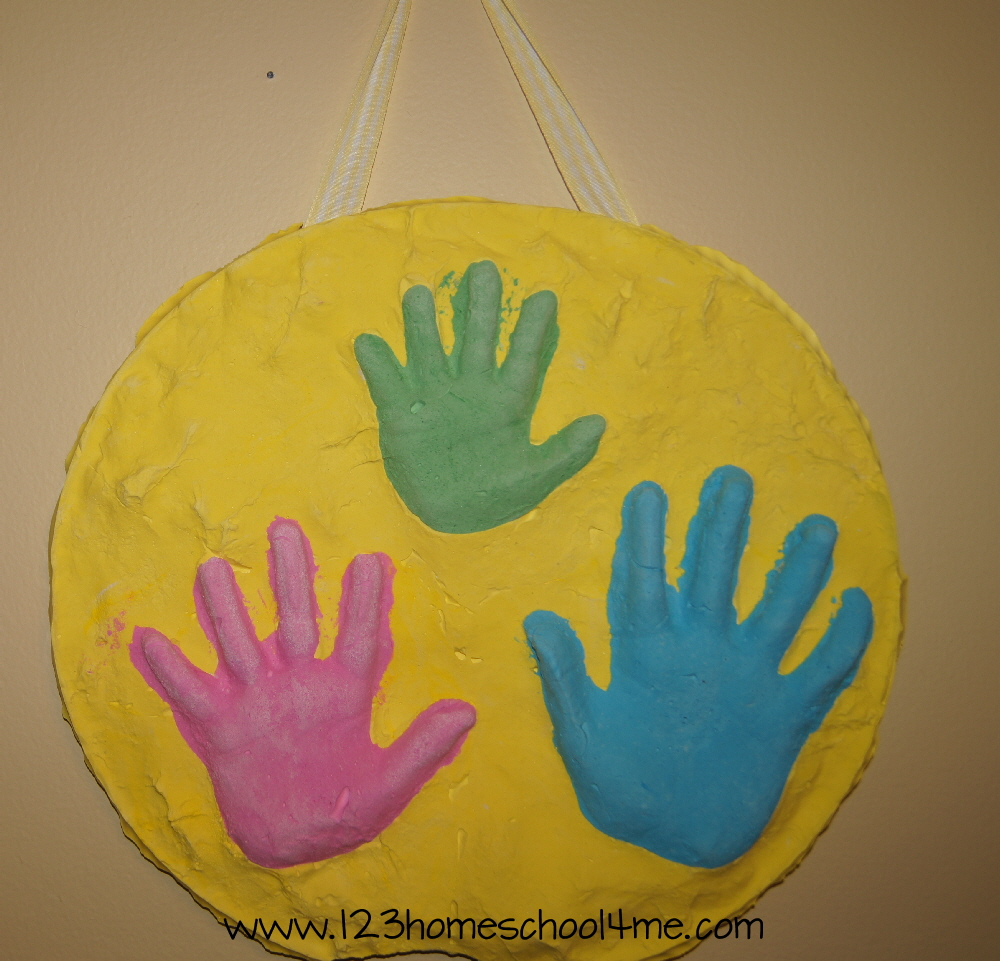 Mother 39 s day 3d hand art keepsake craft fun family crafts for Mothers day painting crafts
