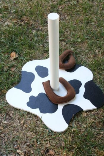 Fleece Horseshoes
