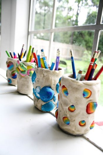 Adorable seashell pencil holders made with clay