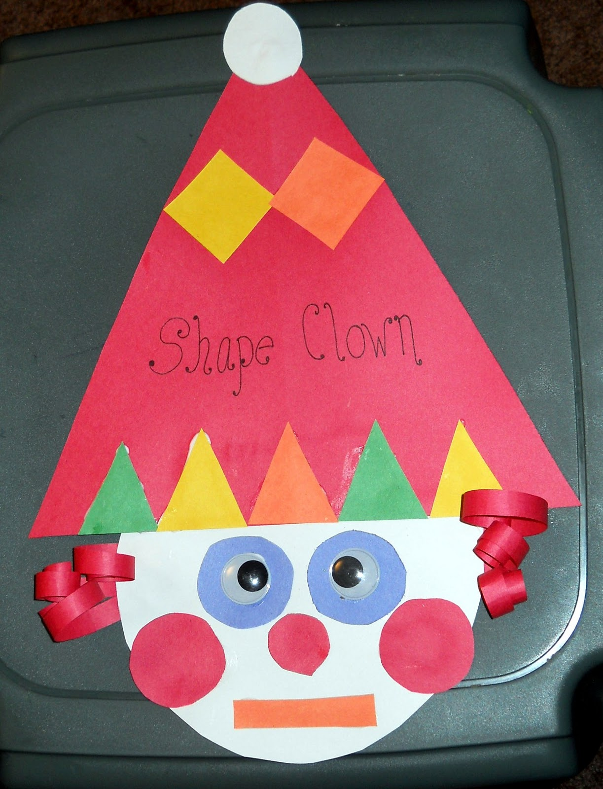 Clown Face Fun Family Crafts