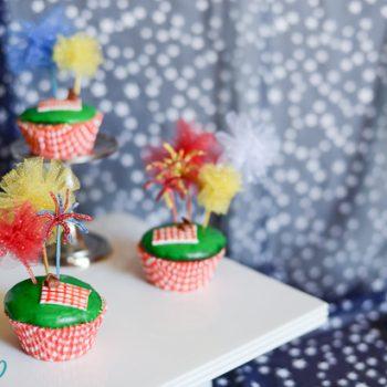 Fireworks Picnic Cupcakes