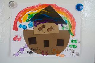 Fingerprint noah 39 s ark fun family crafts for Noah s ark preschool craft