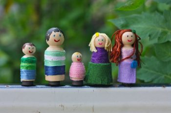Magnetic Wrapped Peg Dolls