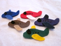 Felt Airplane Finger Puppets