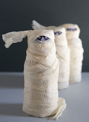 mummy drinks - Halloween Mummy Crafts