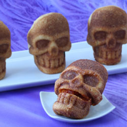 Stuffed Pizza Skulls