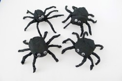 Crepe Paper Spiders