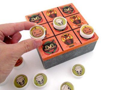 Upcycled Halloween Tic Tac Toe