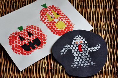 Halloween Bubble Wrap Stamping