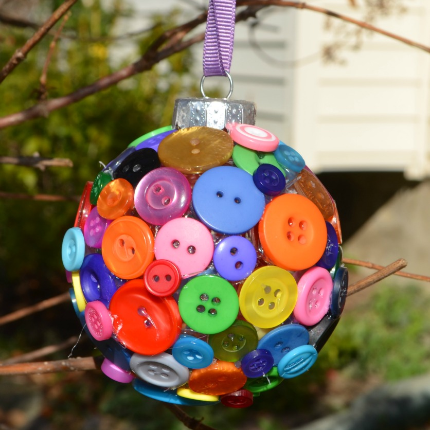 Button ornament fun family crafts for Button crafts for adults