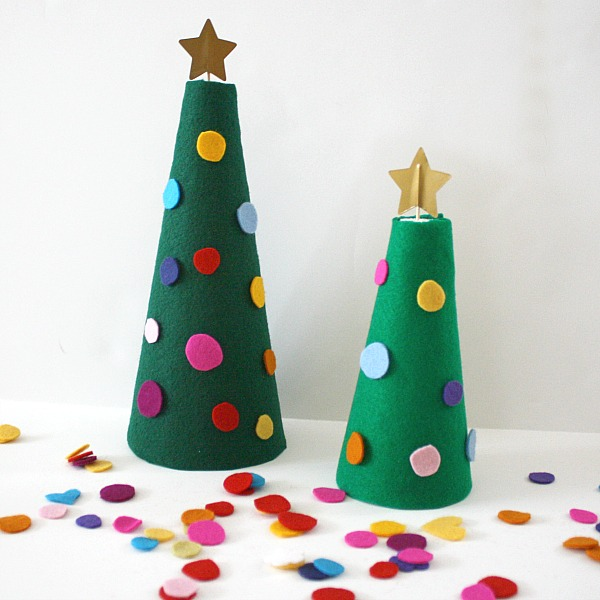 Decorated Felt Christmas Tree