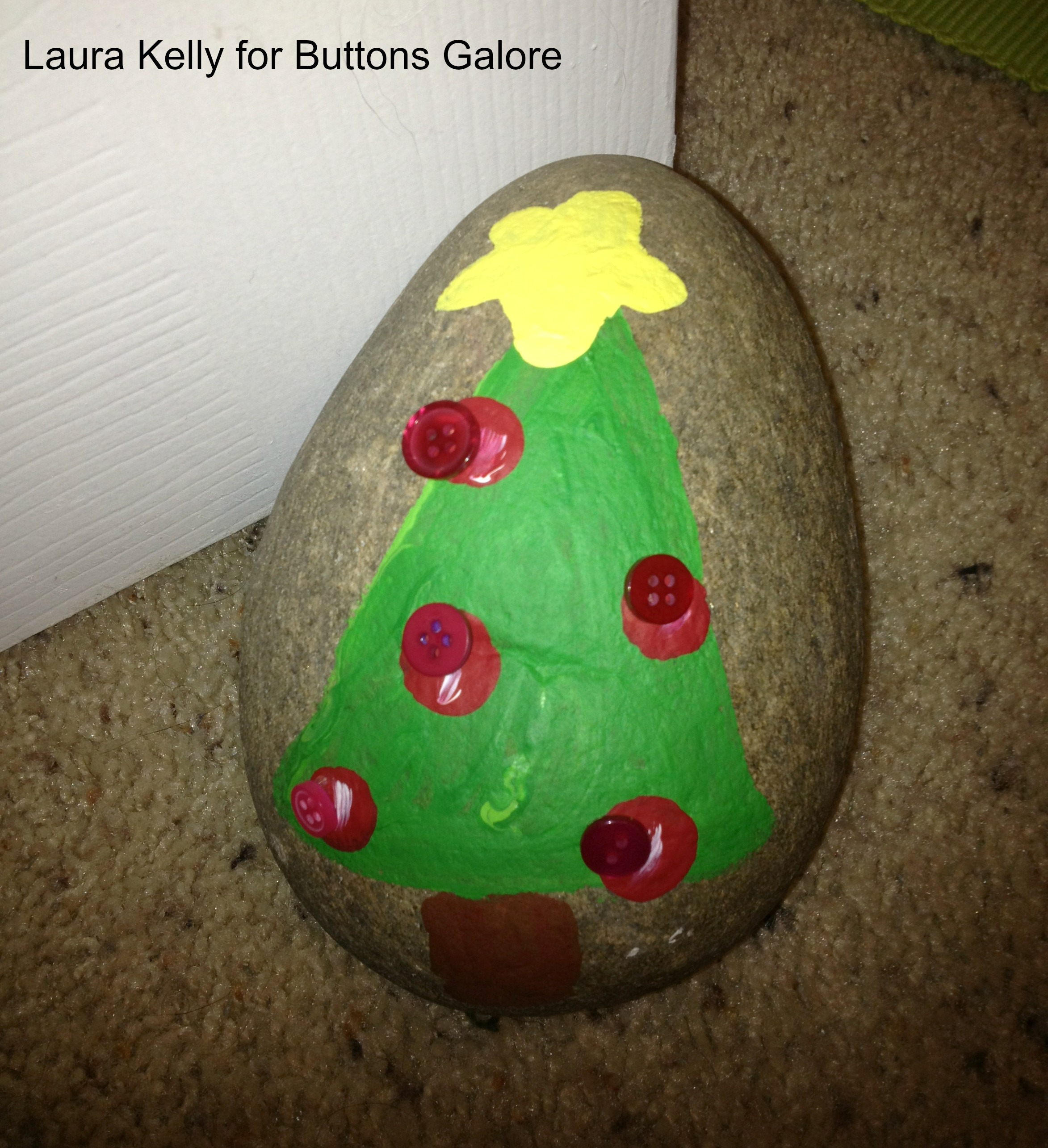 Painted Holiday Rocks