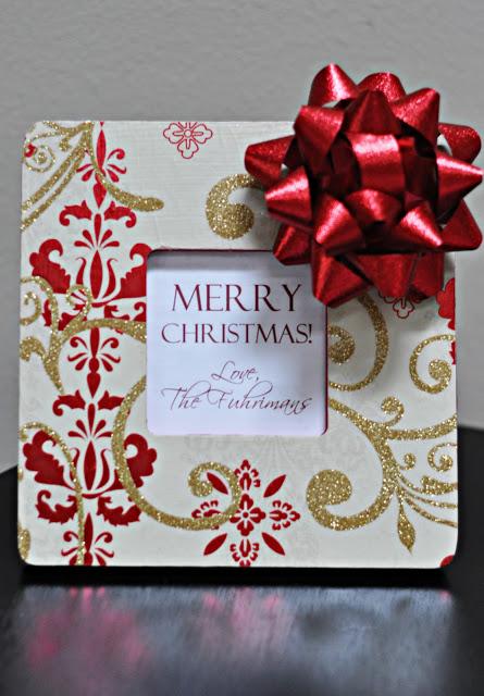 Christmas Present Frame