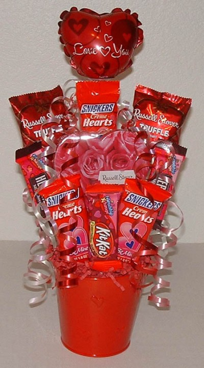 Valentine Candy Bouquet Ideas 2 - HomeCoach |Valentines Cotton Candy Bouquet Ideas
