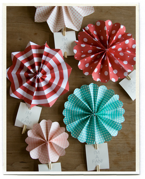 Valentine Fan | Fun Family Crafts