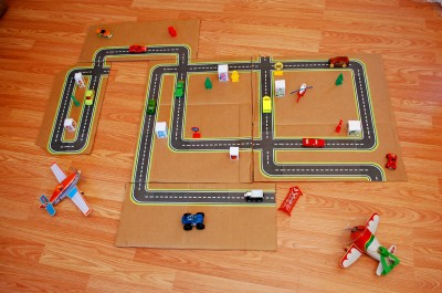 Printable road maps for toy cars fun family crafts for Garage comos sauvian occasion