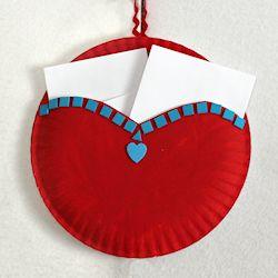 Paper Plate Heart Pocket