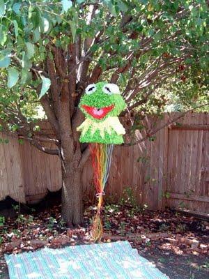 Kermit Pull-String Pinata