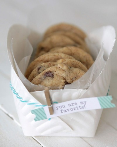 Paper Plate Cookie Basket