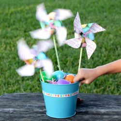 Easter Pinwheel Centerpiece