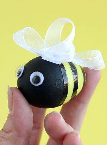 Bee-utiful Easter Eggs