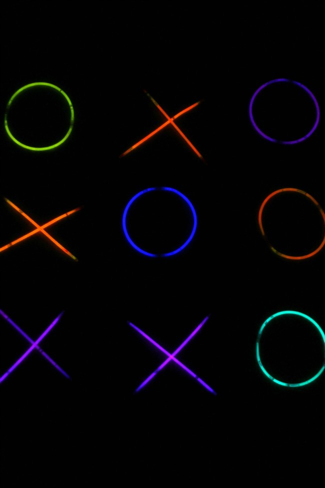 Tic-Tac-Glow