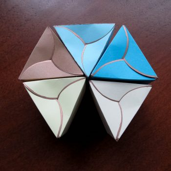 Twirly Triangle Box