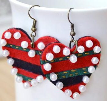 Felt Heart-Shaped Earrings