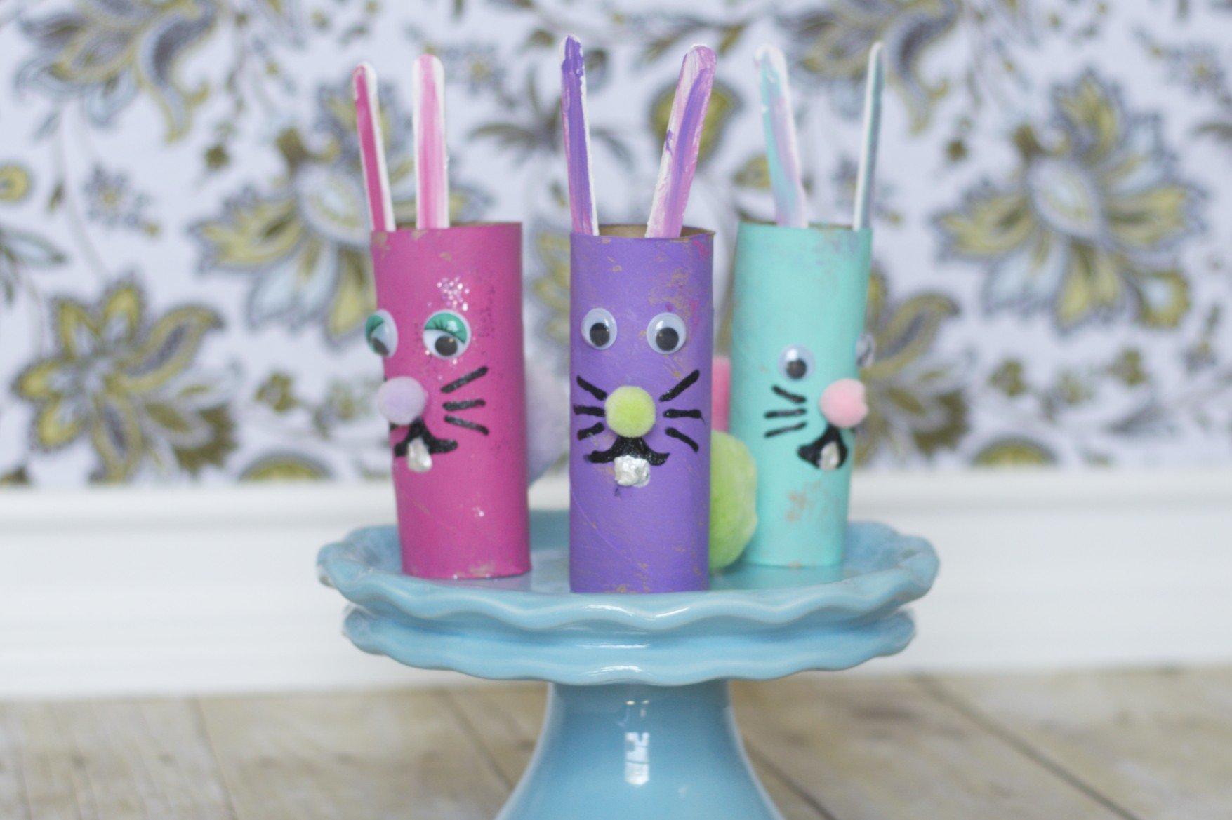 Cardboard Tube Easter Rabbits