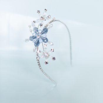 Frozen-Headband-and-Giftwrap-10-of-13