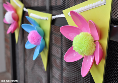 Spring Flower Plastic Spoon Garland