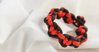 Paracord Heart Bracelet