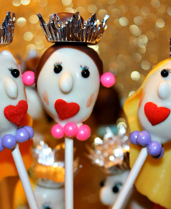 Queen and Princess Cake Pops