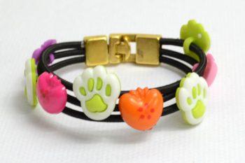 Shank Buttons Bracelet
