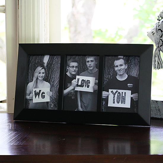 We Love You Photo Frame