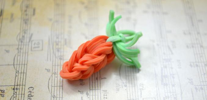 Mini-Carrot Rubber Band Charms