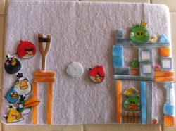 Angry Birds Flannel Board Travel Set