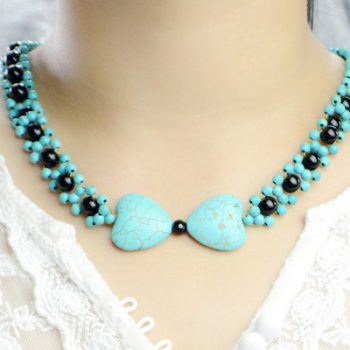 Bow Pendant Necklace