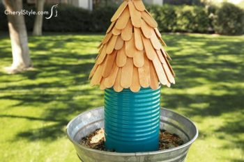 Coffee Can Bird Feeder