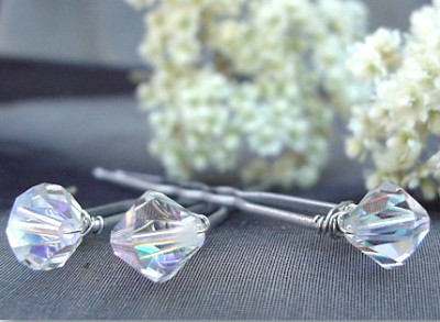 Frozen-Inspired Crystal Hairpins