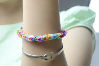 Fishtail Rubber Band Bracelet