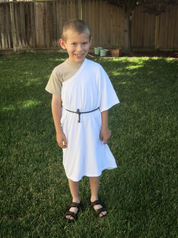 World S Easiest Toga Costume Fun Family Crafts