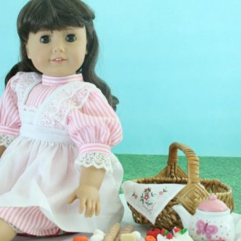Doll-Size Food for a Victorian Picnic