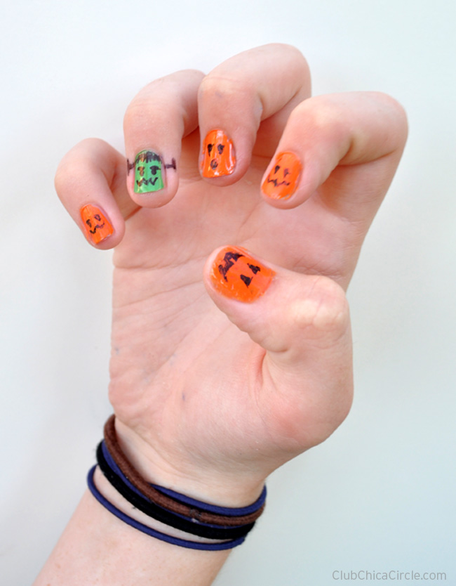 Easy Halloween Manicure | Fun Family Crafts